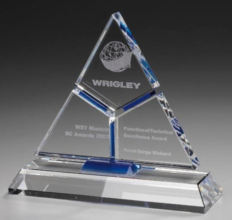 Puzzle Pyramid - Cristal glass Trophy